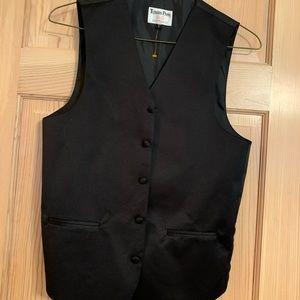 ✓ Tuxedo Park Accessories small men's vest black
